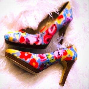 POPPIES FLORAL BRILLIANT COLOR WOOD HEELS